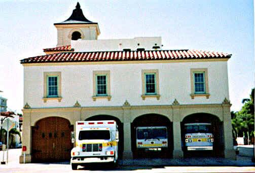 Fire Station Palm Beach.jpg (57643 bytes)