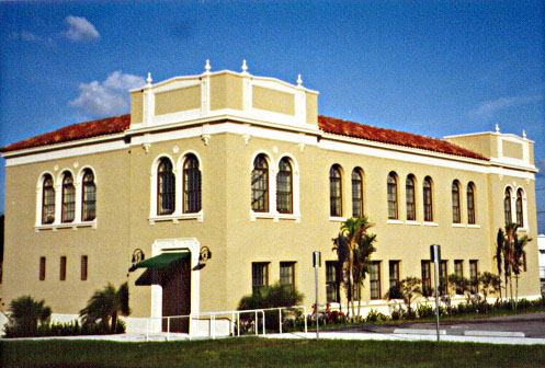 Palm Beach Junior College.jpg (70514 bytes)