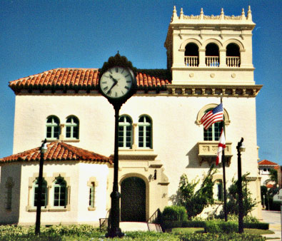 Town Hall Palm Beach #3.jpg (58421 bytes)